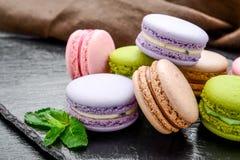 Gesundes Lebensmittel, Stapel macarons, Makronen Franzoseplätzchen stockfoto