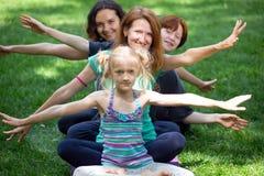 Gesundes und Yoga-Konzept Lizenzfreie Stockfotos