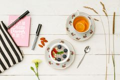 Gesundes weibliches Frühstück Lizenzfreies Stockfoto