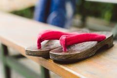 Geta-Schuhe Lizenzfreie Stockfotos