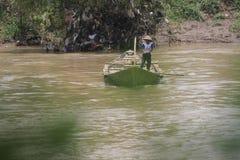 Getek łódź jako środek krzyżować rzekę Fotografia Stock