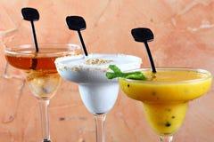 Getränk in einem hohen Glas lizenzfreie stockbilder