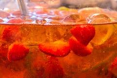 Getränk mit Frucht Stockfoto