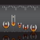 Getränke in den transparenten Glas- und Alkoholgetränken Vektor illustrat Lizenzfreie Stockfotos