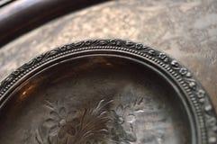 Getrübte silberne Teller stockfotografie