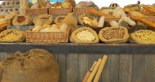 Getreide-Brot-Teigwaren-Markt stock video footage