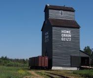 Getreideheber am ukrainischen Dorf Alberta Stockbilder