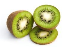 Getrennte frische Kiwi Lizenzfreie Stockfotografie