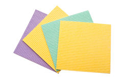 Getrennte gesetzte Od farbige Washcloths auf Weiß Stockbilder