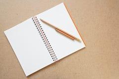 Getrenntes Anmerkungsbuch Lizenzfreies Stockbild