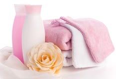 Getrenntes rosafarbenes Zubehör für Badekurort oder Sauna lizenzfreie stockfotos