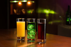 Getränke in der Bar Lizenzfreies Stockbild