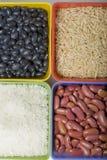 Getrocknete Körner und Bohnen. stockfotografie
