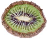 Getrocknete Kiwifrüchte auf Weiß Lizenzfreie Stockfotografie