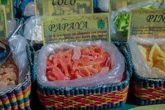 Getrocknete Papaya auf einem Markt Stockfotos