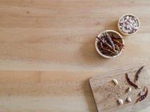 Getrocknete Pfeffer und Knoblauch des roten Paprikas Lizenzfreies Stockfoto