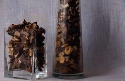 Getrocknete Pilze im Vase Stockfotos