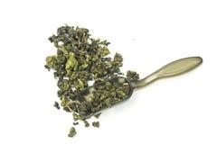 Getrockneter Tee lokalisierter weißer Hintergrund Lizenzfreies Stockfoto