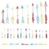 Getrokken kleurenreeks van hand, vectorpijlen Etnische Indische pijl Vector Illustratie