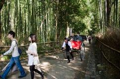 Getrokken riksja in Arashiyama stock afbeelding