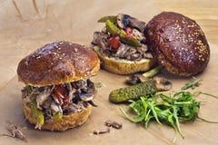 Getrokken varkensvleessandwiches Royalty-vrije Stock Foto's