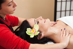 Getting a massage at a beauty salon Royalty Free Stock Photography