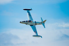 Getto T-33 in volo Immagini Stock Libere da Diritti