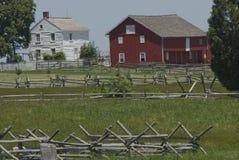 Gettysburg-Bauernhaus neben Stall Lizenzfreie Stockfotos