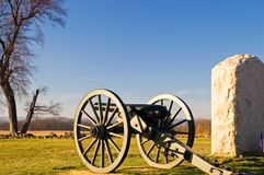 Gettysburg Cannon - 4. Civil War cannon next to one of the many monuments on the famous Seminary Ridge on Gettysburg National Battlefield, Gettysburg Stock Photography
