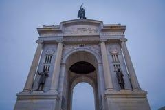 GETTYSBURG USA - APRIL, 18, 2018: Den utomhus- sikten av den minnes- monumentet på Gettysburg den nationella militären parkerar Royaltyfri Foto