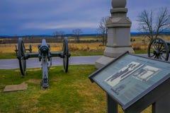 GETTYSBURG USA - APRIL, 18, 2018: Utomhus- sikt av Napoleon, 12 pund kanon som lokaliseras i en kyrkogård i den Gettysburg medbor Royaltyfri Foto