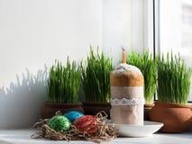 Geurige cupcake Het voorbereidingen treffen voor Pasen stock afbeelding