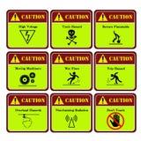 Gevaarlijk en waarschuwingsetiket in de industrie royalty-vrije illustratie