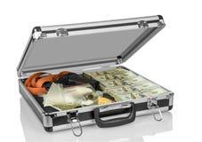 Geval met geld, kanon en drugs stock afbeeldingen