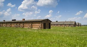 Gevangenisbarakken in Concentratiekamp royalty-vrije stock foto