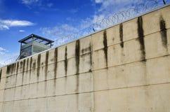 Gevangenismuur stock foto's