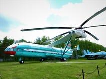 Gevechtshelikopters van Rusland op de straten bij het Museum van Monino royalty-vrije stock foto