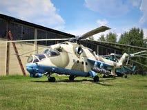 Gevechtshelikopters van Rusland op de straten bij het Museum van Monino royalty-vrije stock afbeeldingen