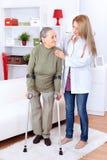 Gevende verpleegster Stock Foto