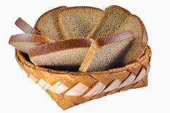 Gevlechte berk-schors brooddoos met brounbrood Royalty-vrije Stock Afbeelding