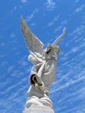 Gevleugeld engelenstandbeeld Stock Foto