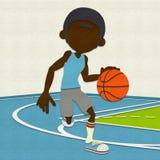 Gevoelde Basketbalspeler die op Hof druppelen Royalty-vrije Stock Foto