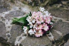 Gevoelig bruids boeket royalty-vrije stock fotografie