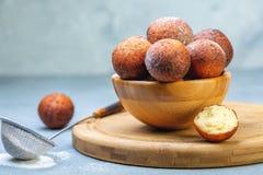 Gevoelige kwarkdoughnuts stock foto's
