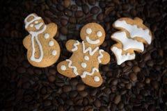 Gevormd koekjes met de hand gemaakt geschilderd suikerglazuur royalty-vrije stock afbeelding