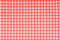 Gevormd servet in rood Stock Afbeelding