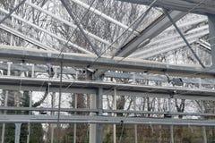 Gewächshausfragmentteilkabel-Seildraht-Schnurbergfixierungs-Klammerfestlegungen befestigen sich lizenzfreie stockfotos