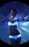 Gewünschtes Mädchen mit Glühenverfassungsportrait Stockbild