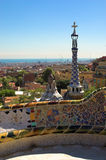 Gewürz-backen Sie Häuser im Park Guell durch Antoni Gaudi zusammen Stockfotos