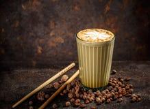 Gewürzchai-Latte stockfotos
